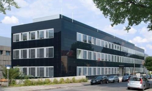 bipv integrated solar building